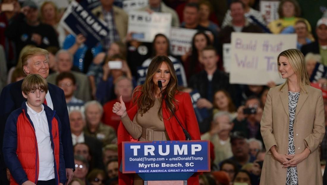 Супруга Трампа подала всуд нажурнал после статьи обэскорт-услугах
