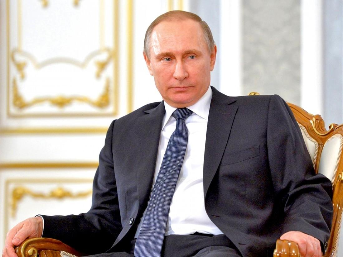 Путин поручил ограничить уровнем инфляции рост тарифов наэлектроэнергию