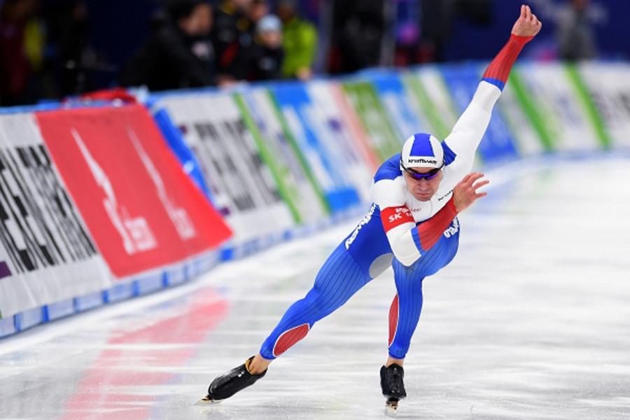 Конькобежец Денис Юсков обновил мировой рекорд надистанции 1500 метров