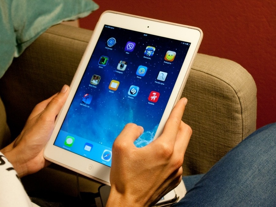 Apple заблокировала планшет пользователя на47 лет