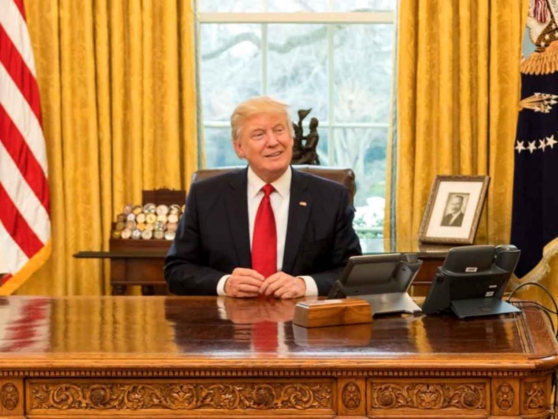УБелого дома проблемы: Трампа будут отучивать оттелевизора и социальная сеть Twitter