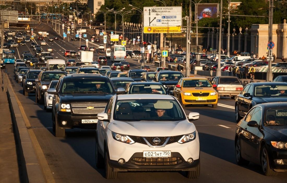 Движение транспорта перекроют напраздники наТверской улице