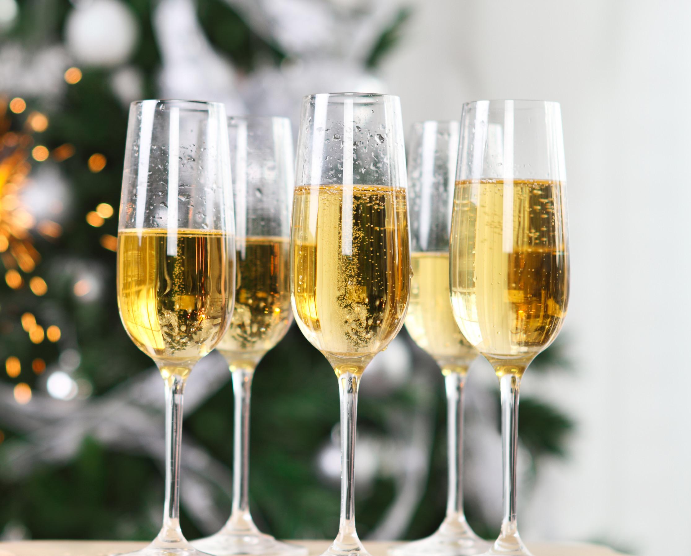Картинки по запросу Как выбрать шампанское