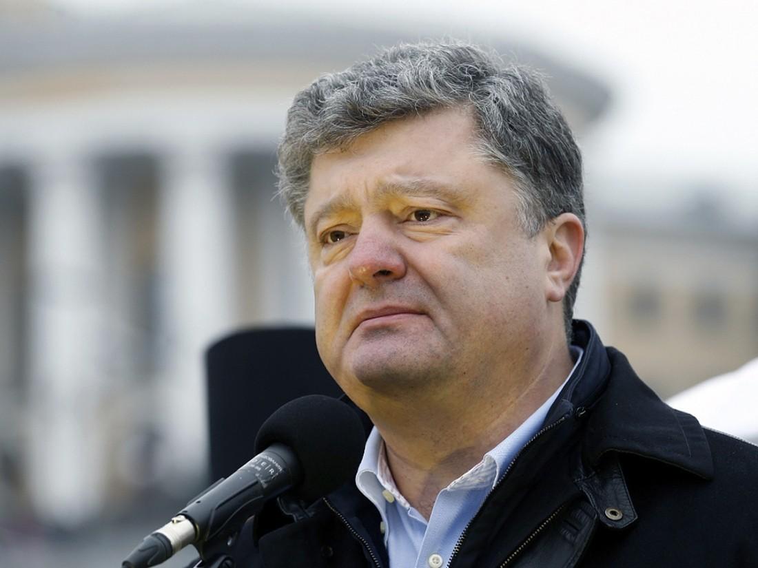 Порошенко оборганизаторах «МихоМайдана»: Гоп-компания сденьгами из столицы