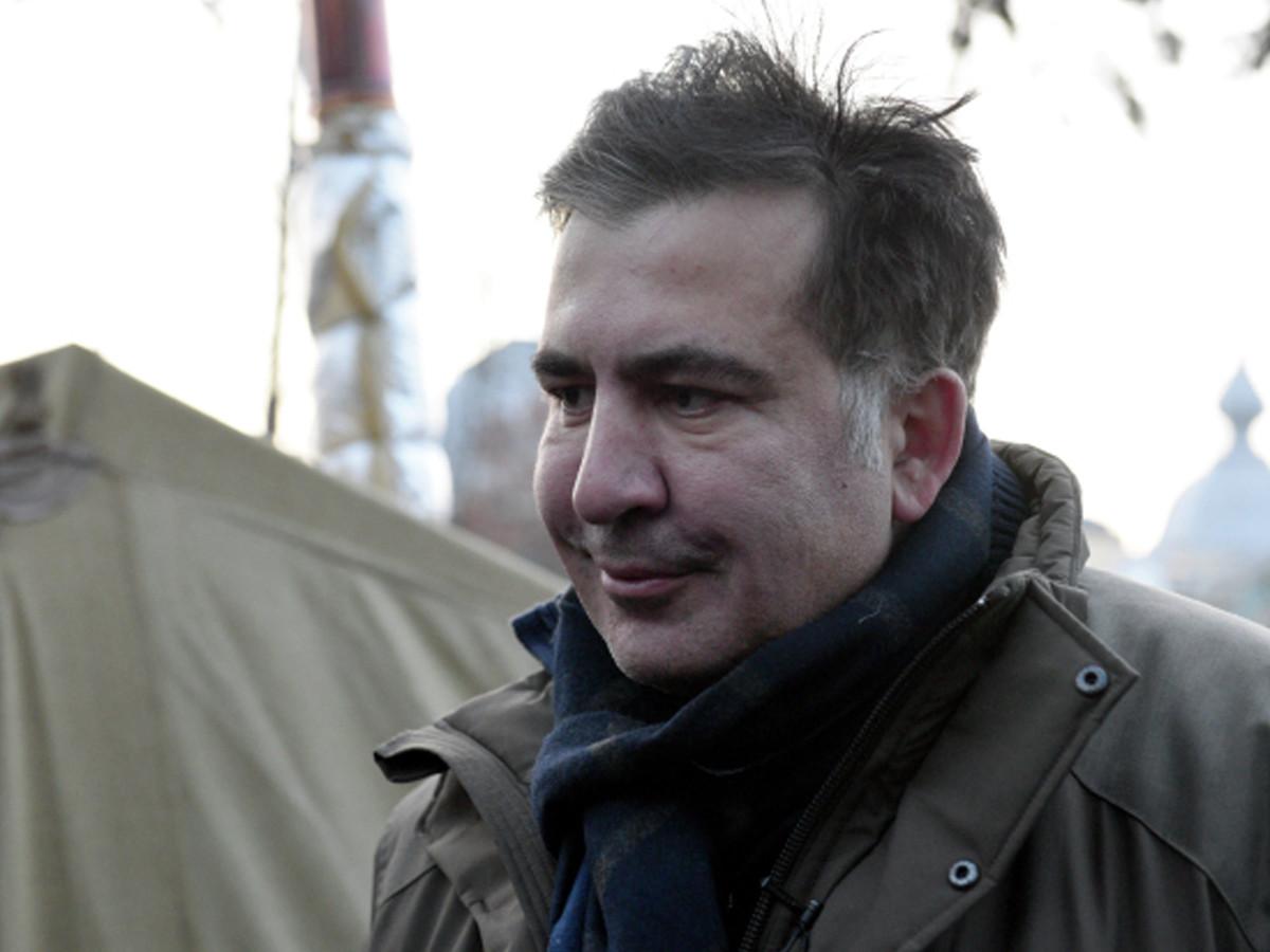 Саакашвили объявил про ухудшение здоровья ипокинул палаточный городок