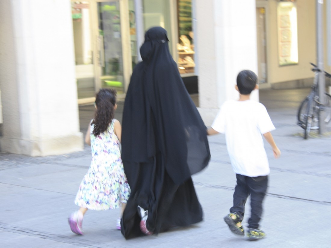 Женщинам вСаудовской Аравии разрешат ездить намотоциклах иуправлять грузовиками