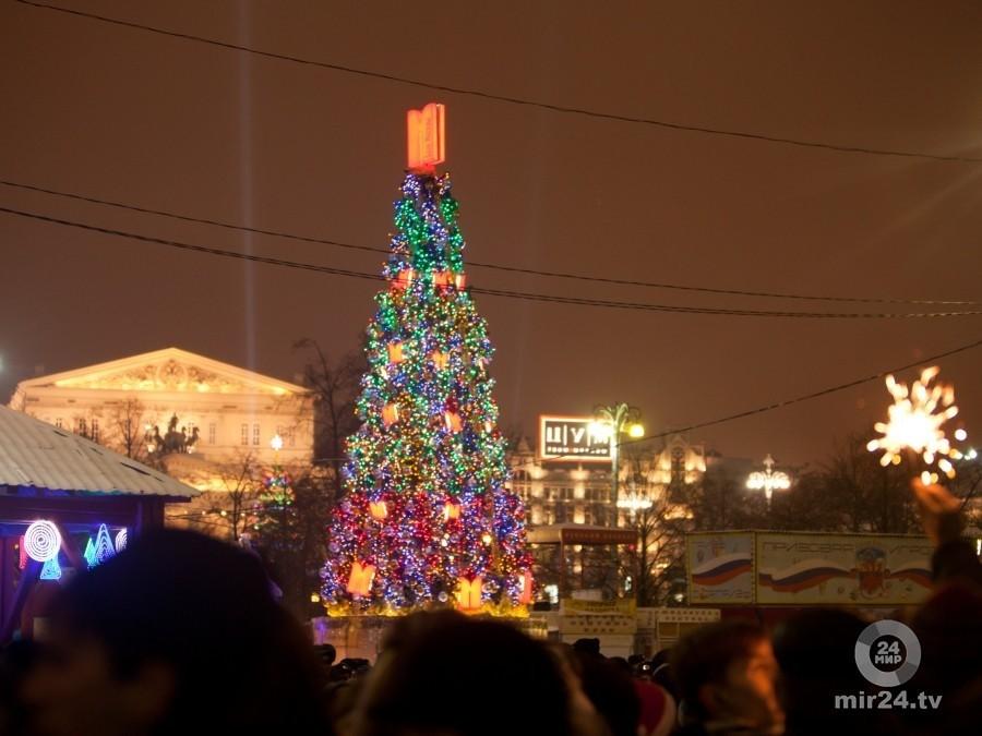 На помещении Манежа покажут световые шоу оНовом годе иРождестве