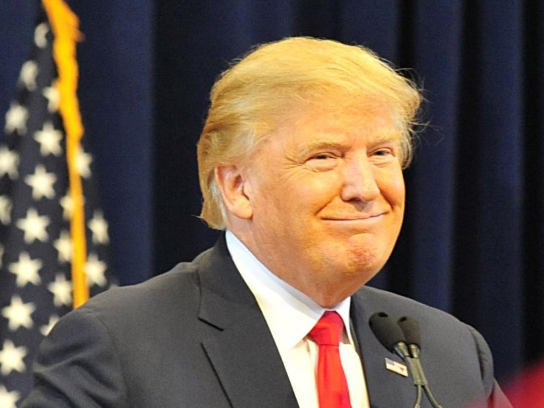 Опрос: рейтинг популярности Трампа обновил рекордный минимум