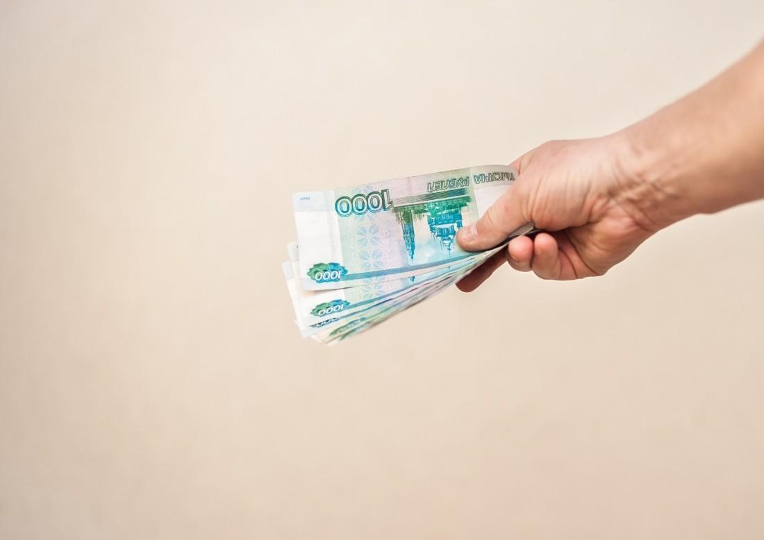 Долг по заработной плате строителям Восточного обещали погасить доконца года