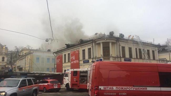 Движение транспорта наВолхонке восстановлено после пожара