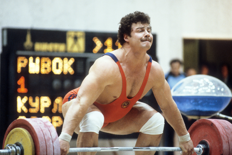 На57 году жизни скончался 2-кратный олимпийский чемпион тяжелоатлет Александр Курлович