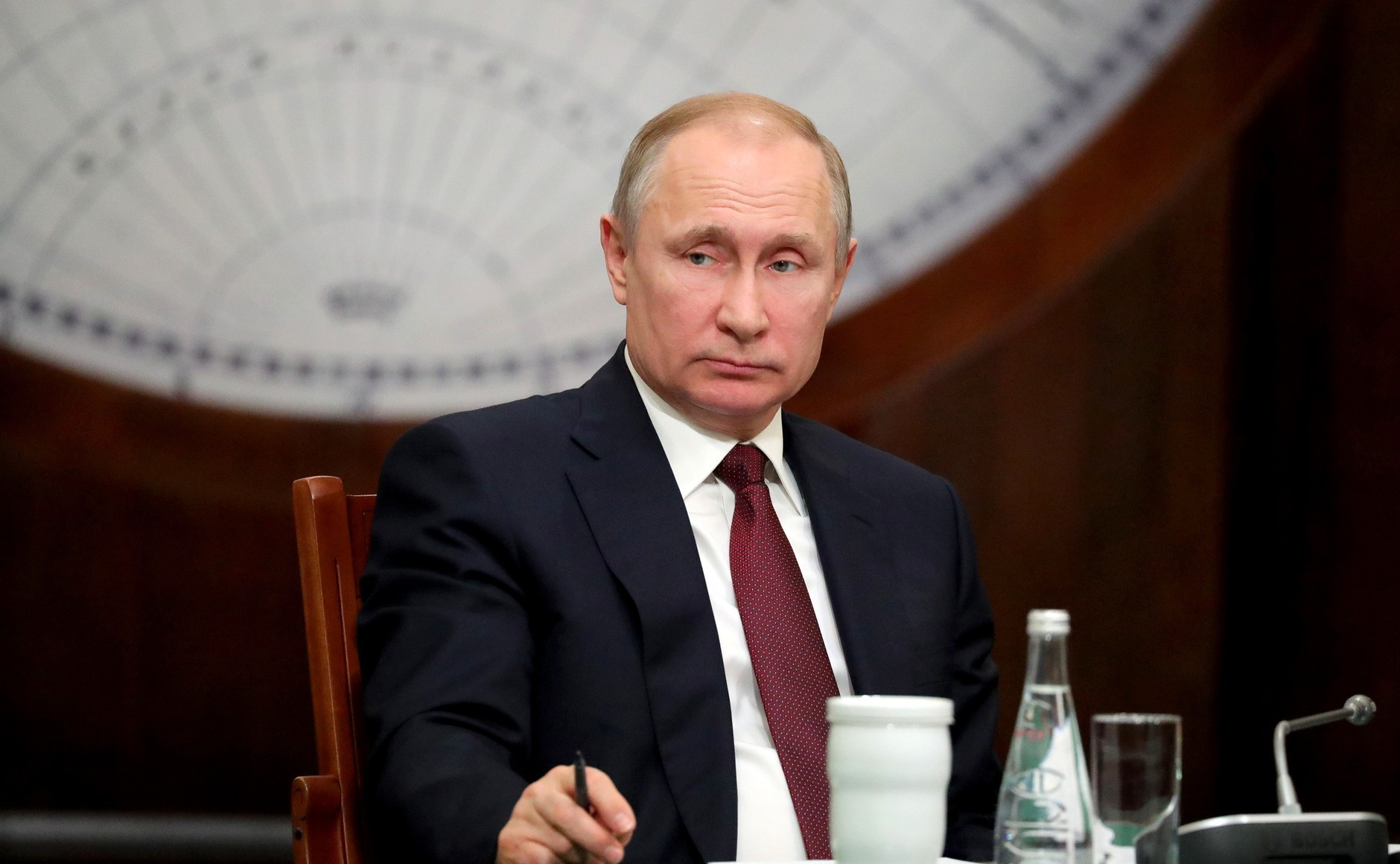 Школьники поведали Путину обувеличении территории Российской Федерации