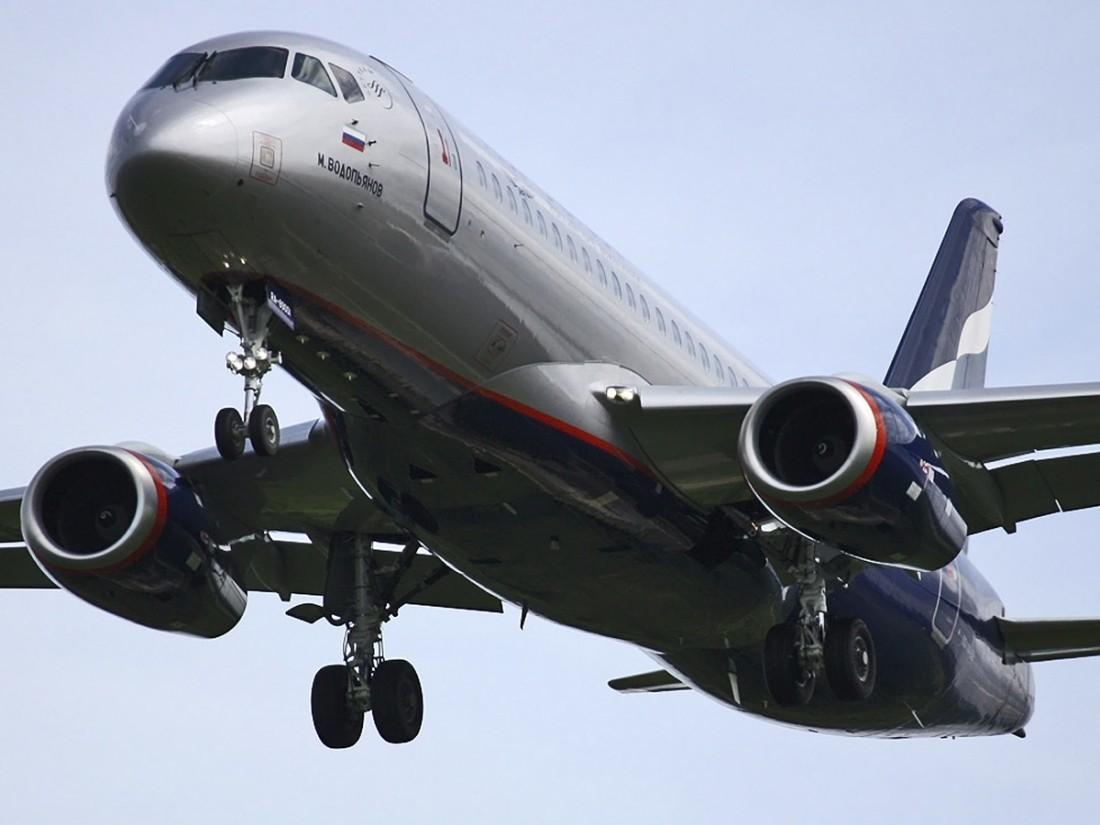 В Российской Федерации создадут уменьшенный Sukhoi Superjet 100 за6 млрд— Рогозин