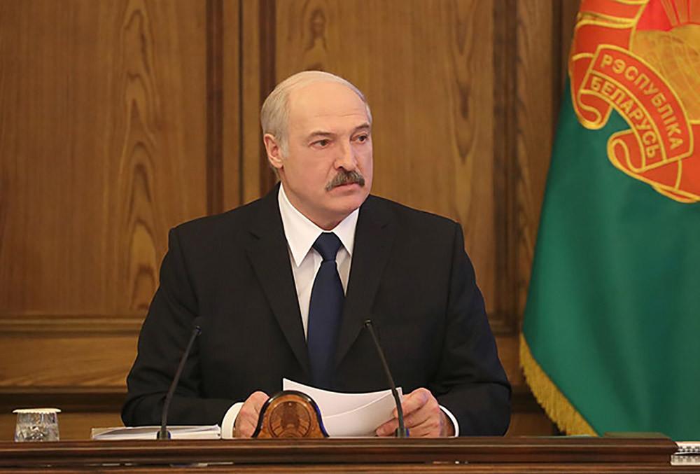 Лукашенко: Вопрос ореферендуме неактуален