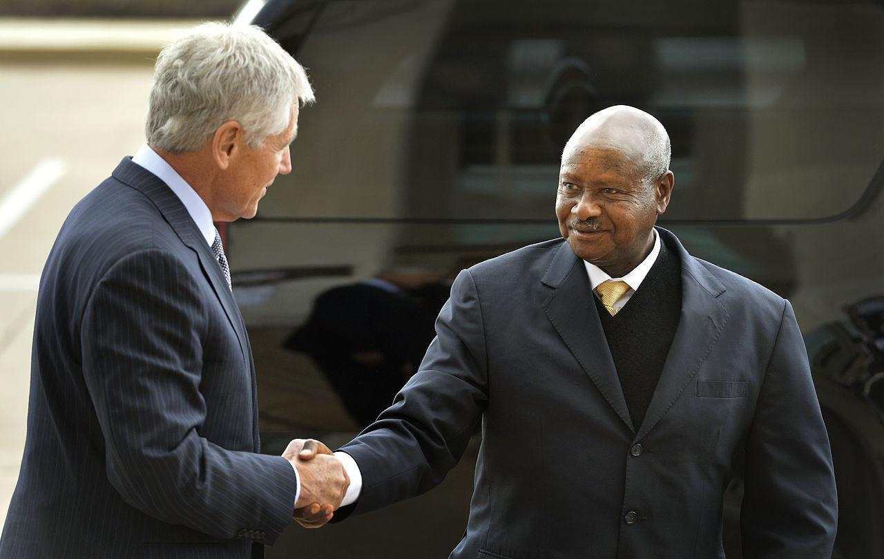 Президент Уганды пожелал запретить оральный секс