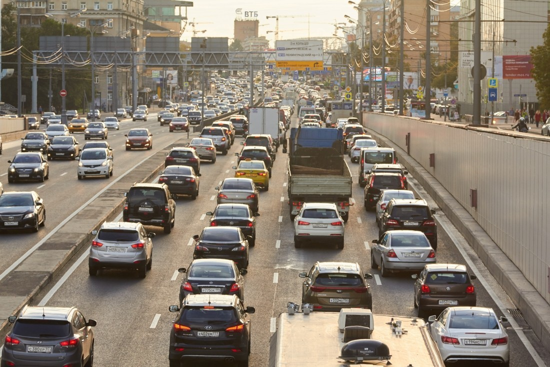 Названы самые популярные в России автомобили на механике