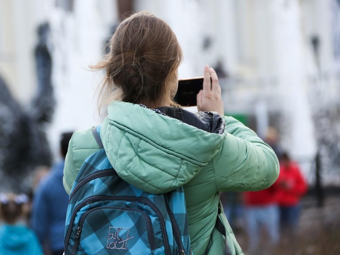 Названы мобильные телефоны случшими камерами