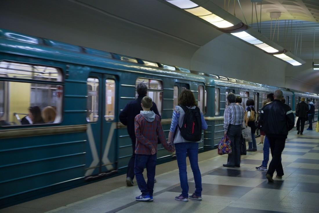 На «зелёной» линии московского метро случилось ЧП