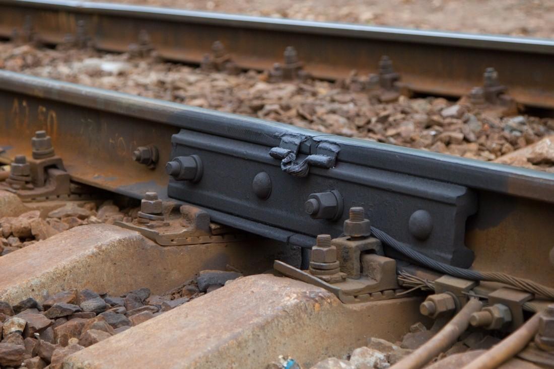 ВИталии один человек умер врезультате происшествия надороге споездом