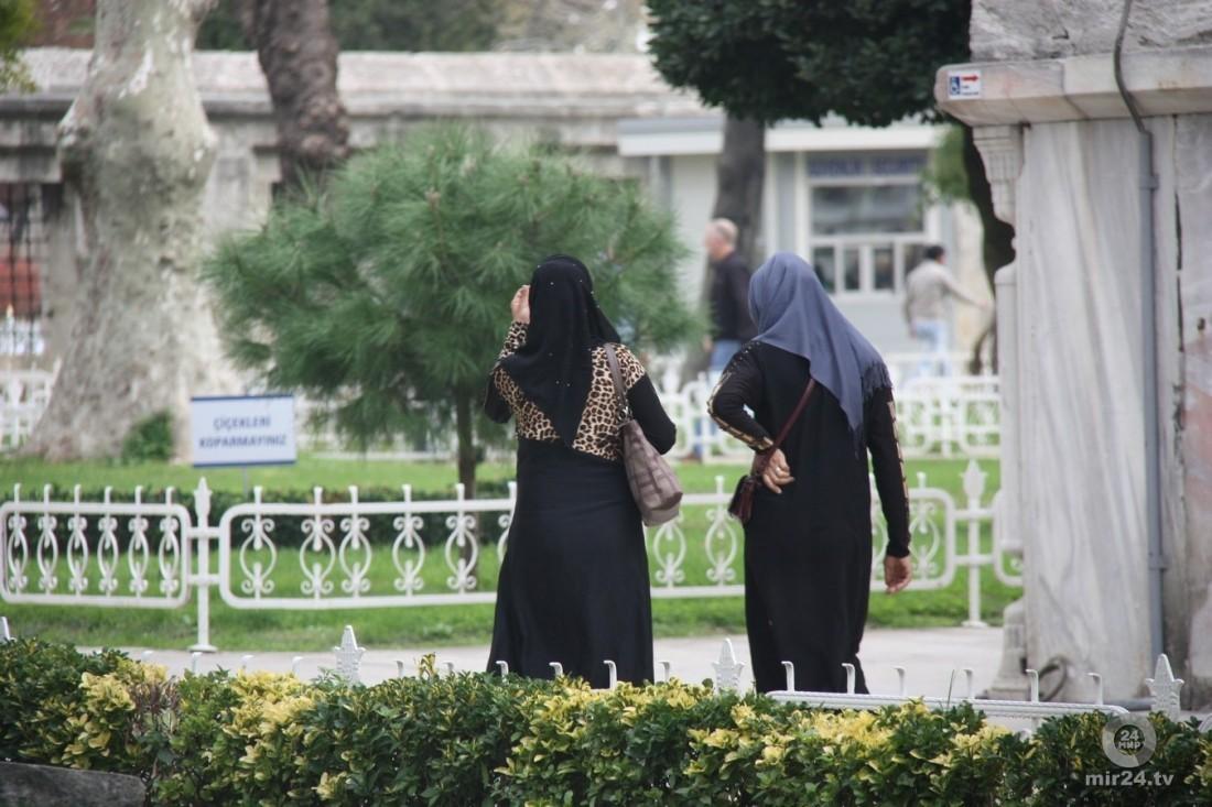 В Саудовской Аравии впервые на футбольный матч допустили женщин