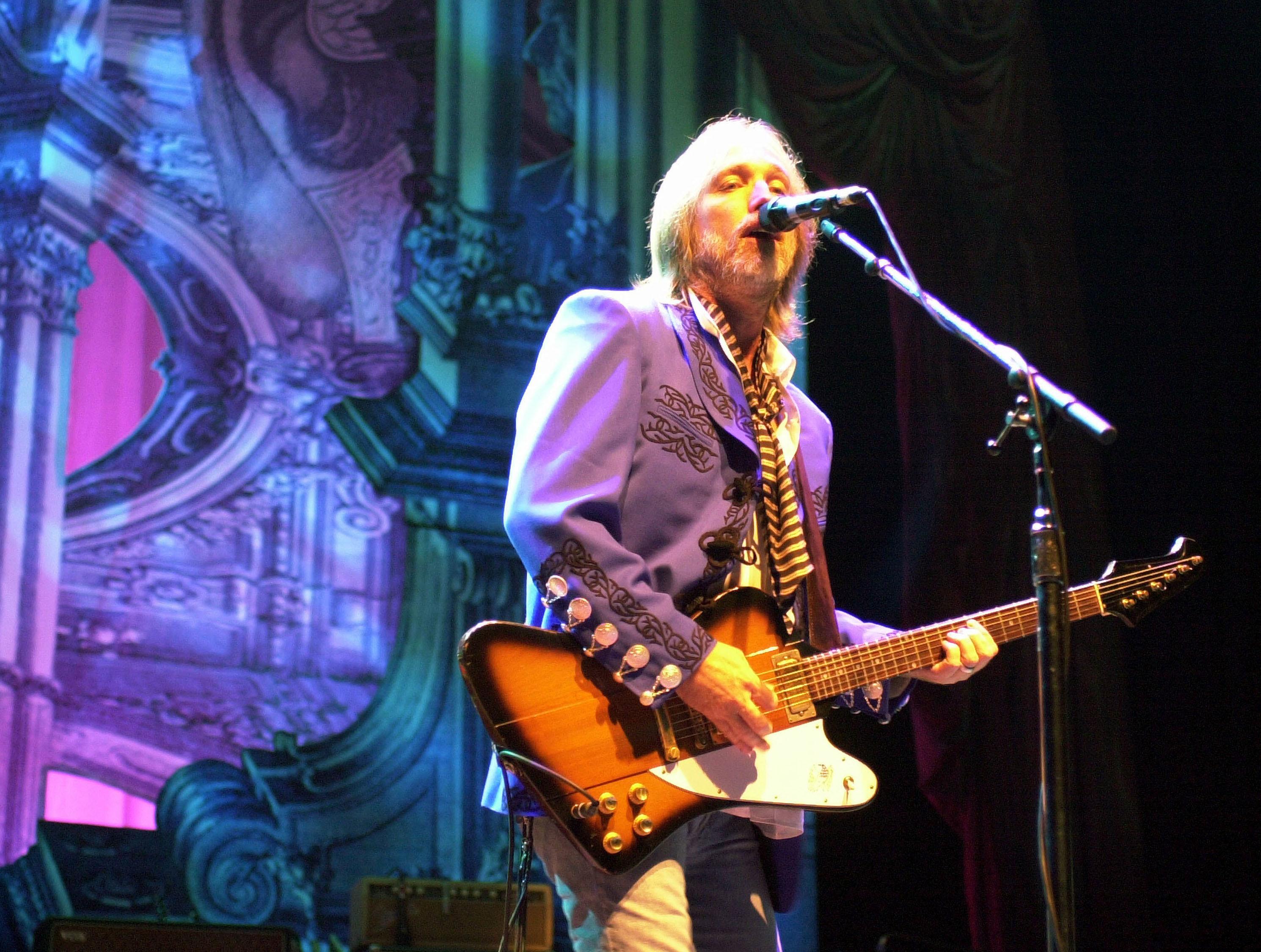 Милиция озвучила причину смерти рок-музыканта Тома Петти