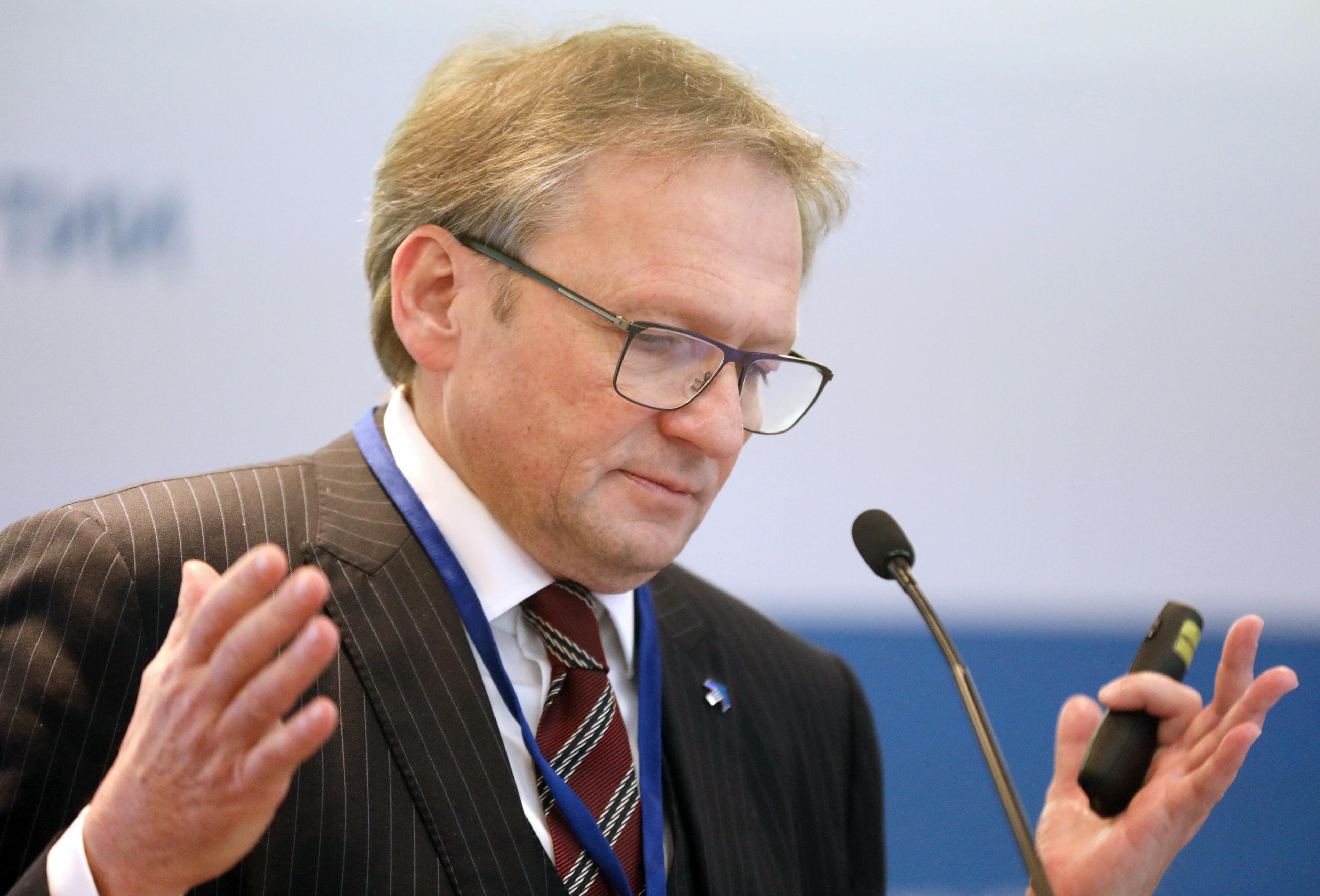 Политик Григорий Явлинский провел встречу сволонтерами своего московского штаба