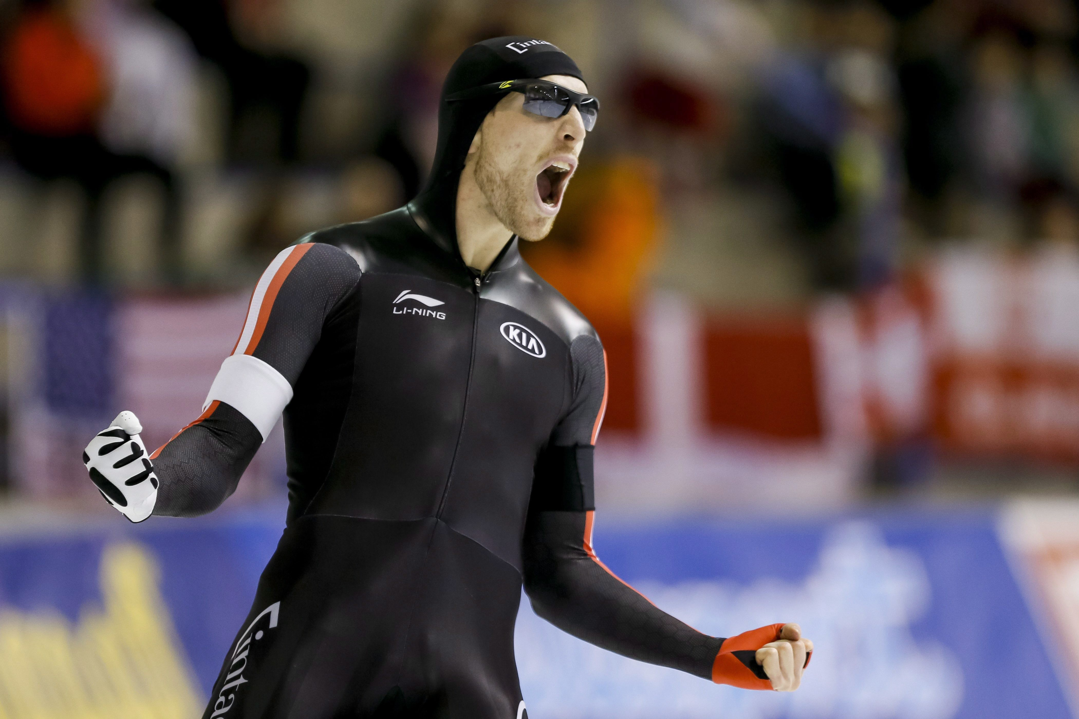 Канадский конькобежец провалился ипризвал убрать время россиян изотбора