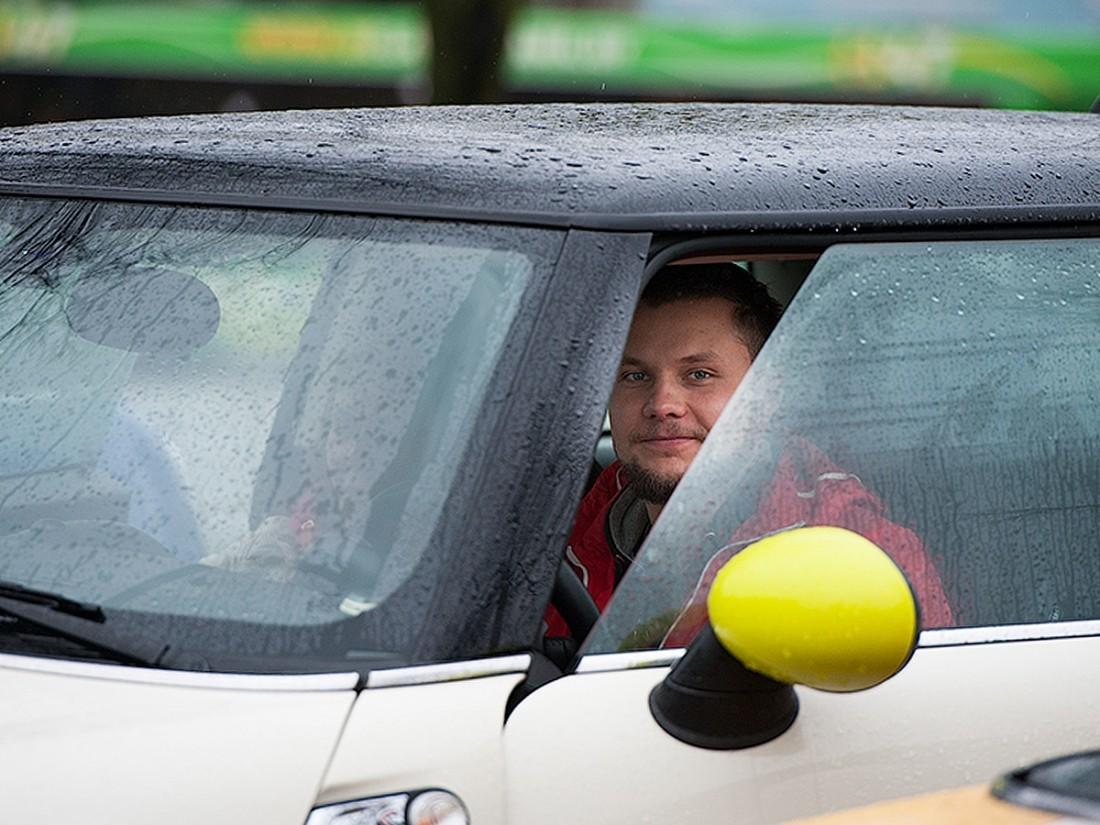 В Российской Федерации могут начать выдавать водителям-новичкам временные права