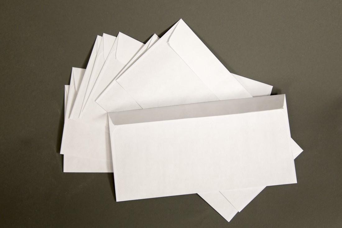 ВИталии почтальон втечение продолжительного времени носил чужие письма ксебе домой