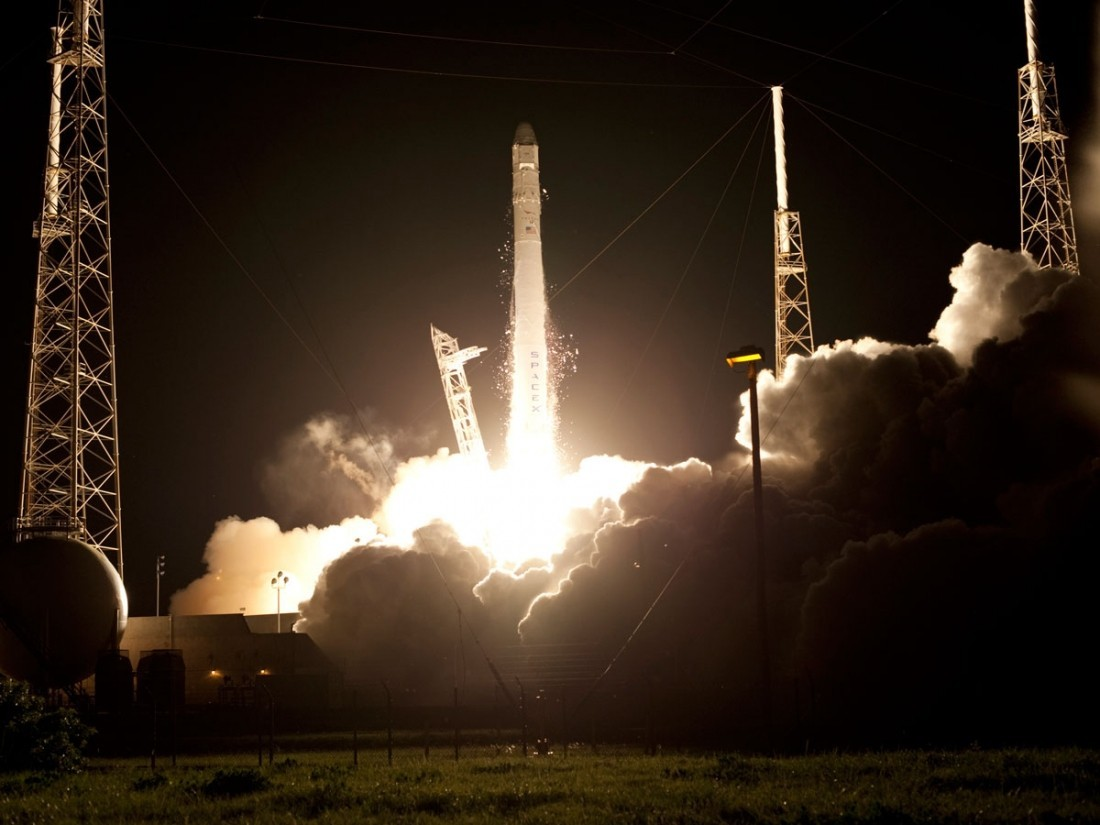 Илон Маск объявил оскором запуске ракеты-носителя Falcon Heavy