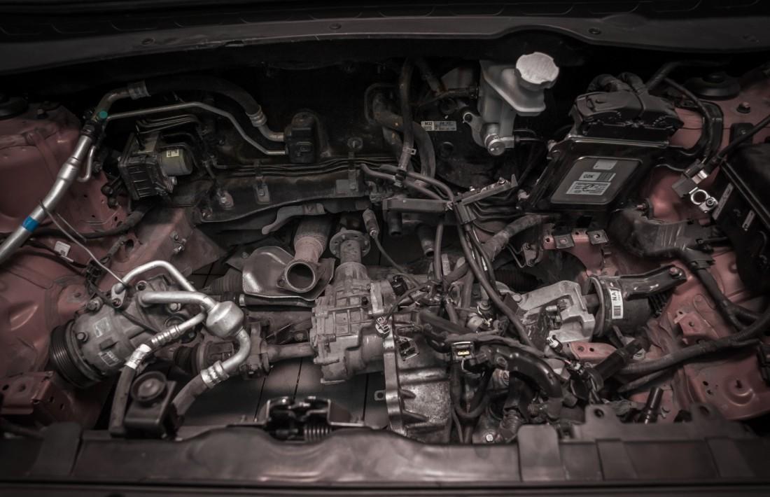 Ремонт автомобиля,автомастерская ремонт автомобиль машина авто двигатель,автомастерская ремонт автомобиль машина авто двигатель