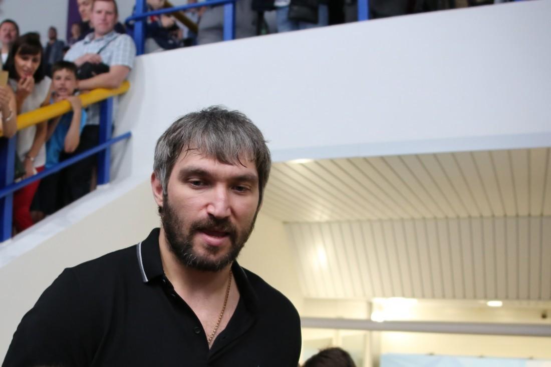 Шайбы Кузнецова иОвечкина помогли «Вашингтону» обыграть «Вегас»