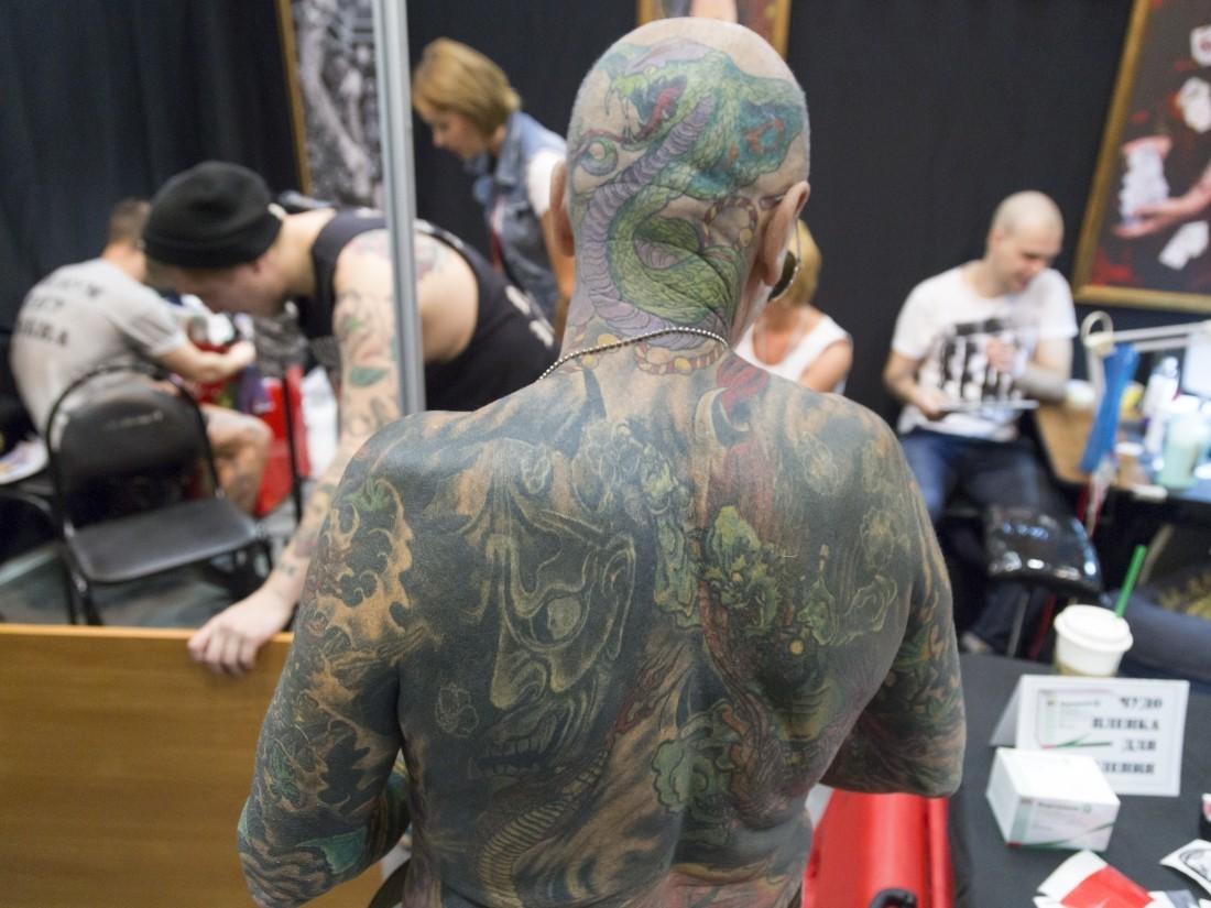 Татуировки вызывают мощное воспаление. Кому опасно ихделать?