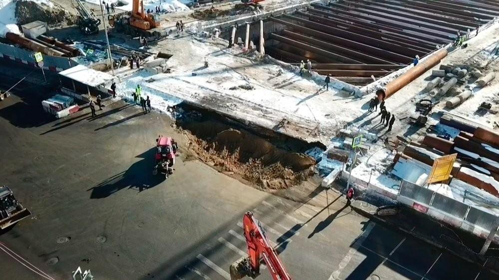При строительстве станции метро в столицеРФ обрушился грунт