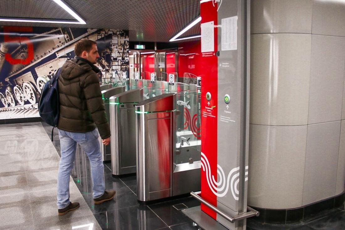 Ликсутов посчитал количество безбилетников в столичных автобусах без турникетов