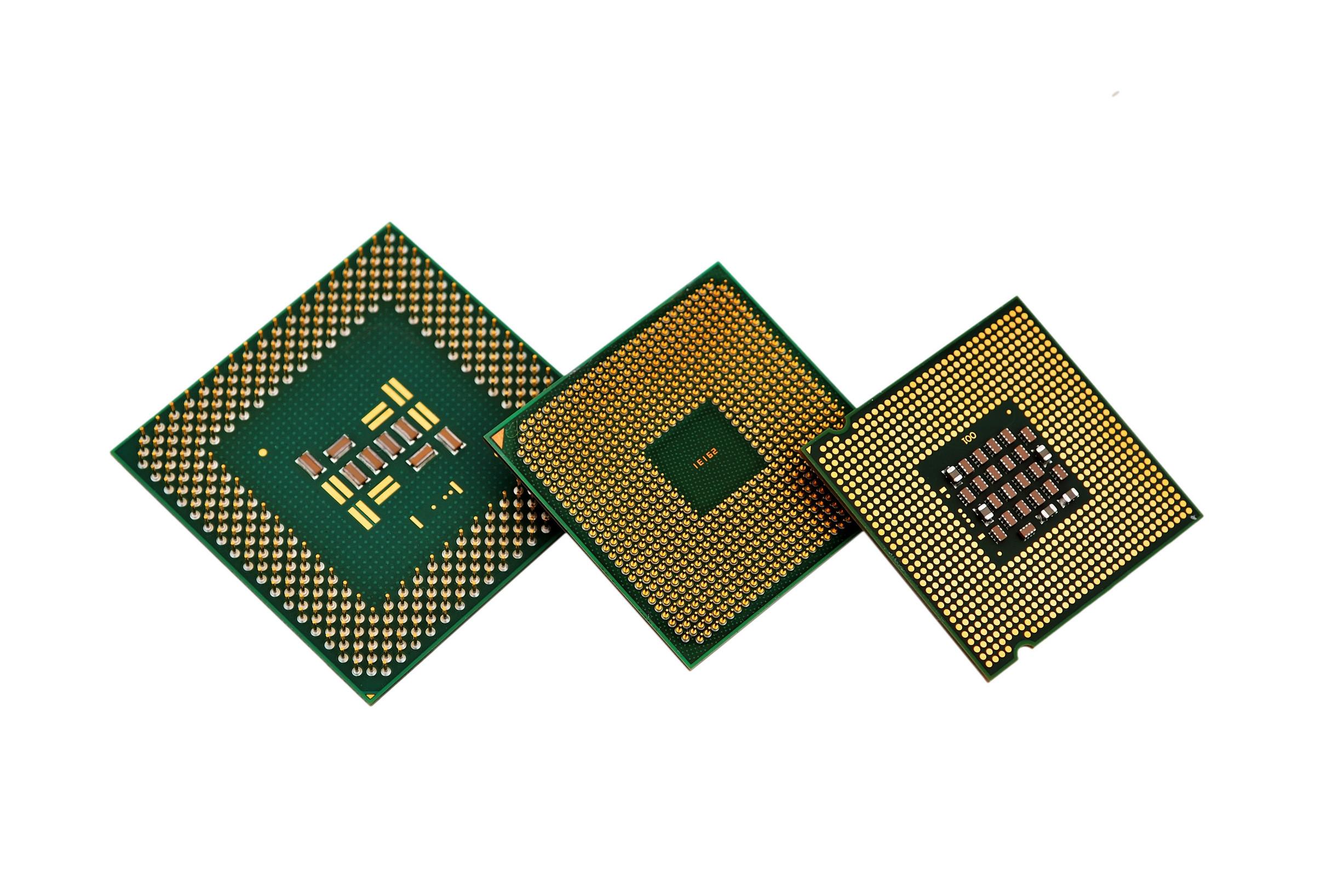 Впроцессорах AMD отыскали сразу 13 критических уязвимостей