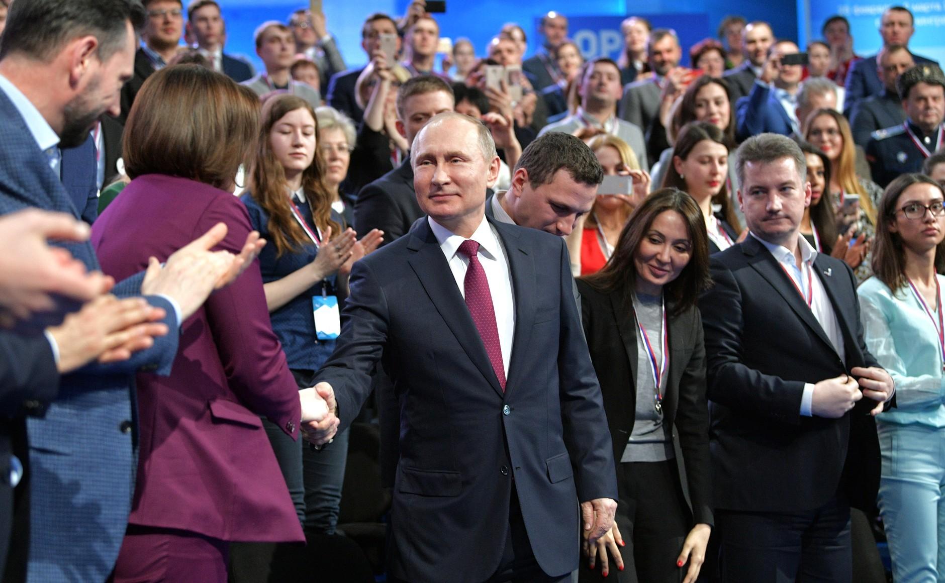 Путин признался, что вНовый год смотрит обращение президента