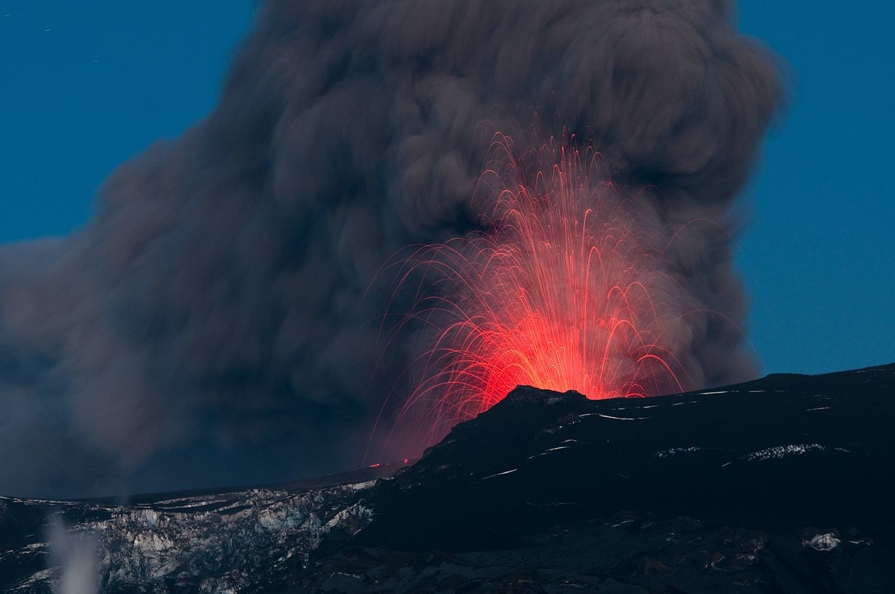 Геологи: Викинги стали христианами из-за извержения вулкана Эльдгьяу