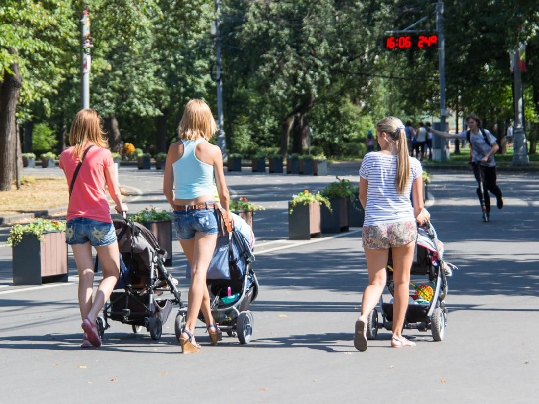 Демографические проблемы могут достаточно серьезно ограничить рост экономики— Путин