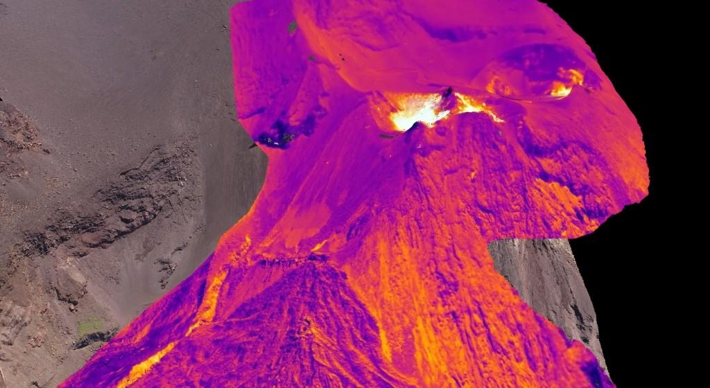 Первая трехмерная тепловая карта активного вулкана создана спомощью дронов