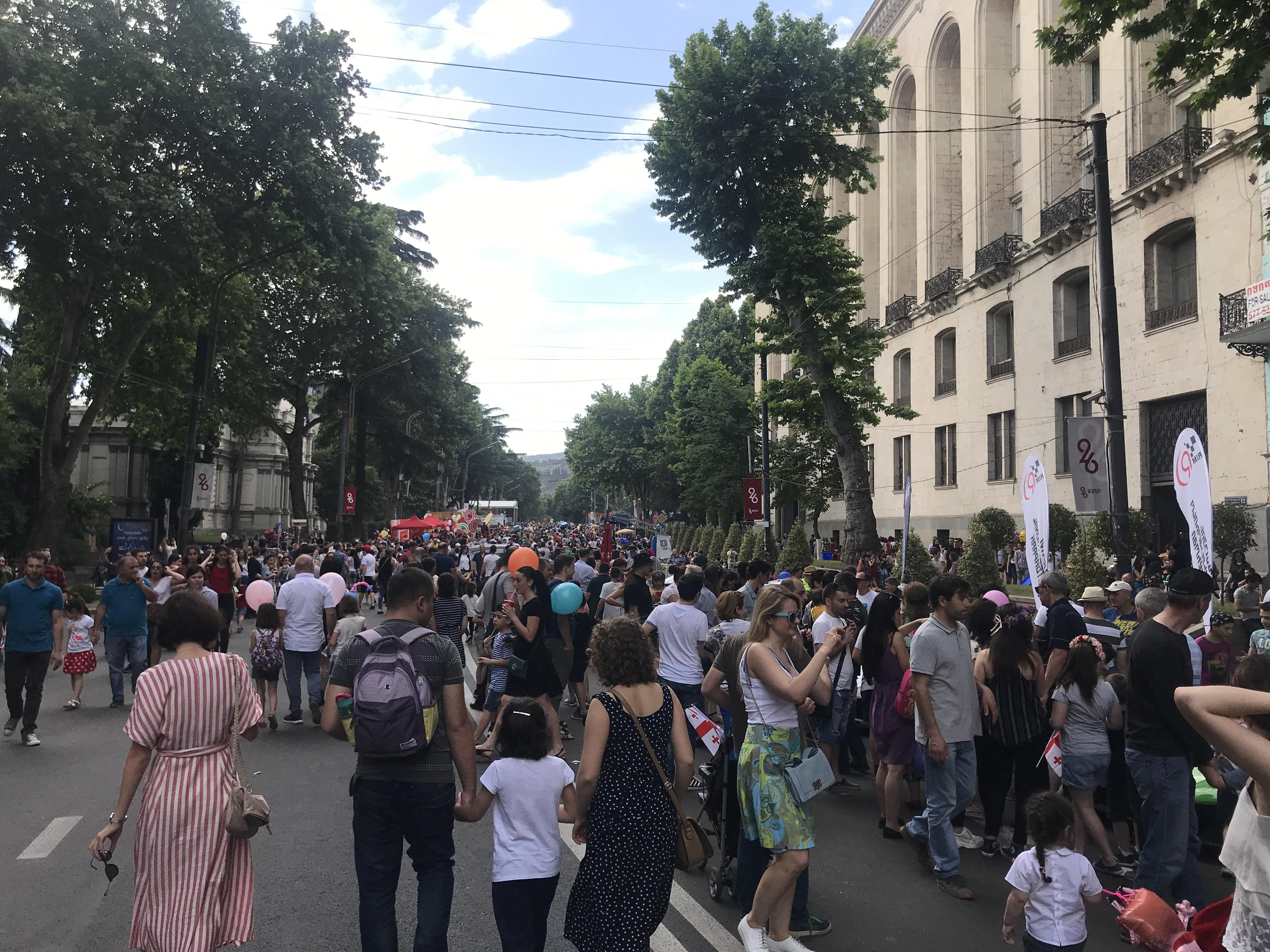 Живые картины истории: Грузия отмечает 100 лет провозглашения независимости