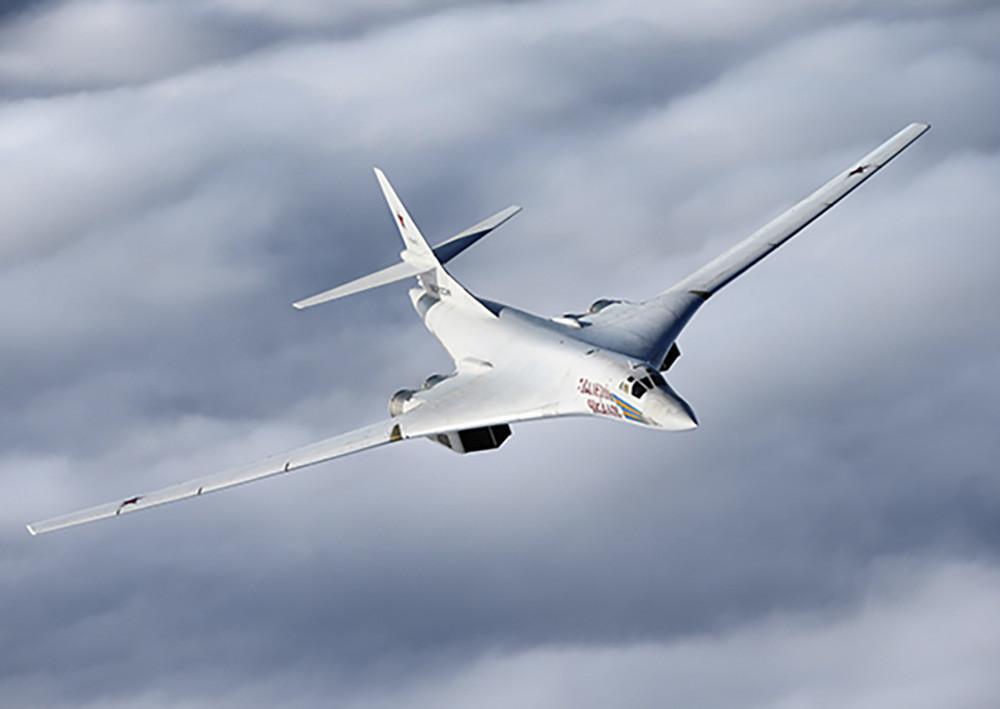 РФ увеличивает защиту Арктики при помощи Ту-160