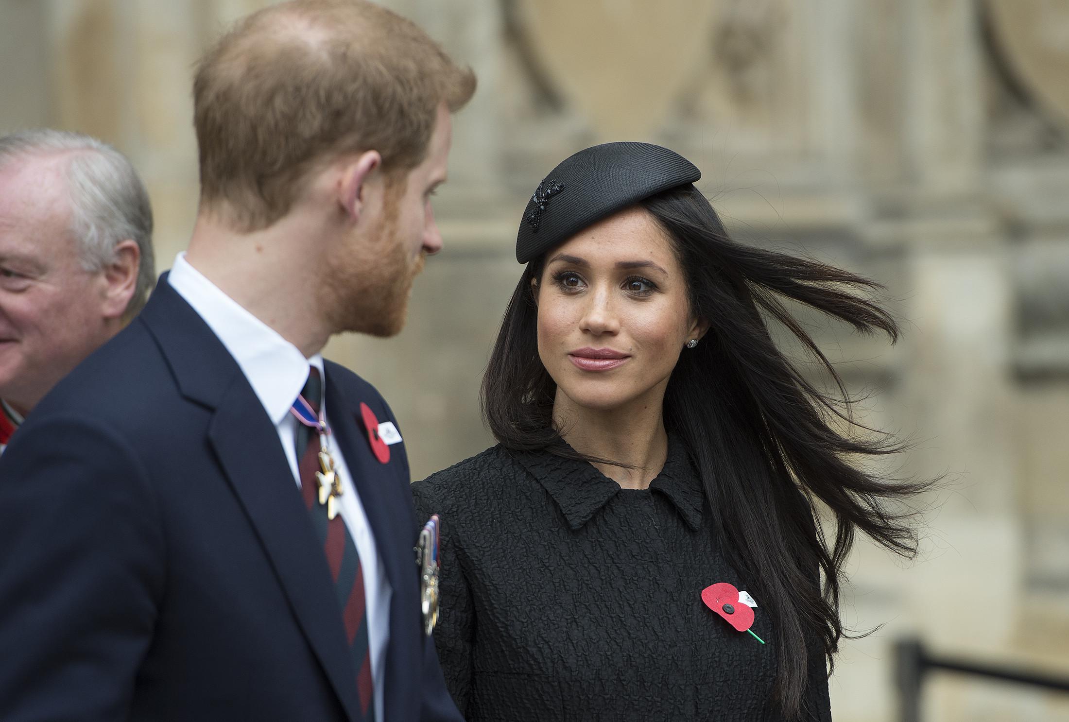 Принц Гарри игерцогиня Меган впервый раз вышли всвет встатусе супругов