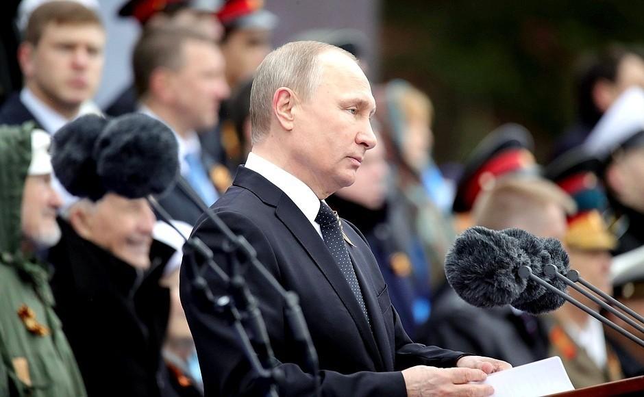 Открытки кгала-концерту «Спасибо заверность, потомки!» выпустит Почта Российской Федерации