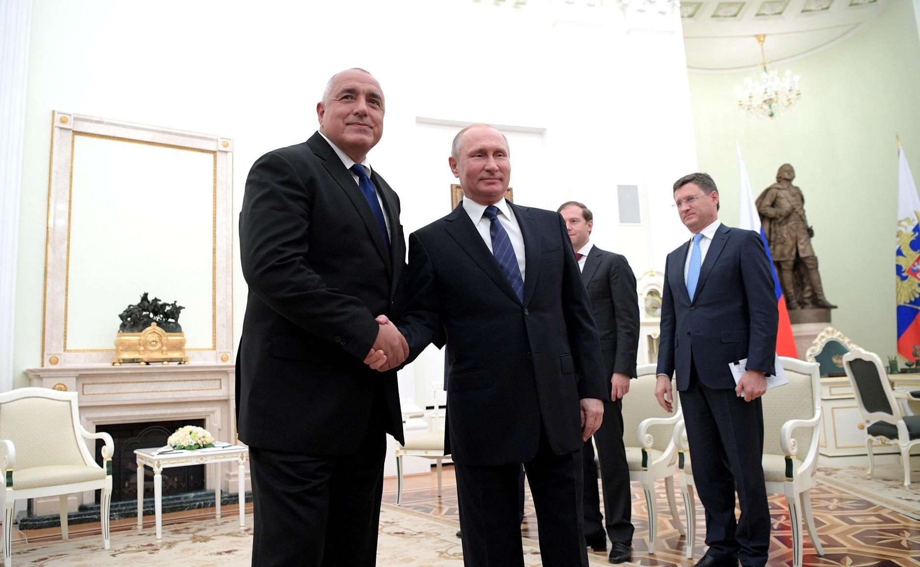 Путин обсудит двустороннее сотрудничество входе встречи спремьером Болгарии