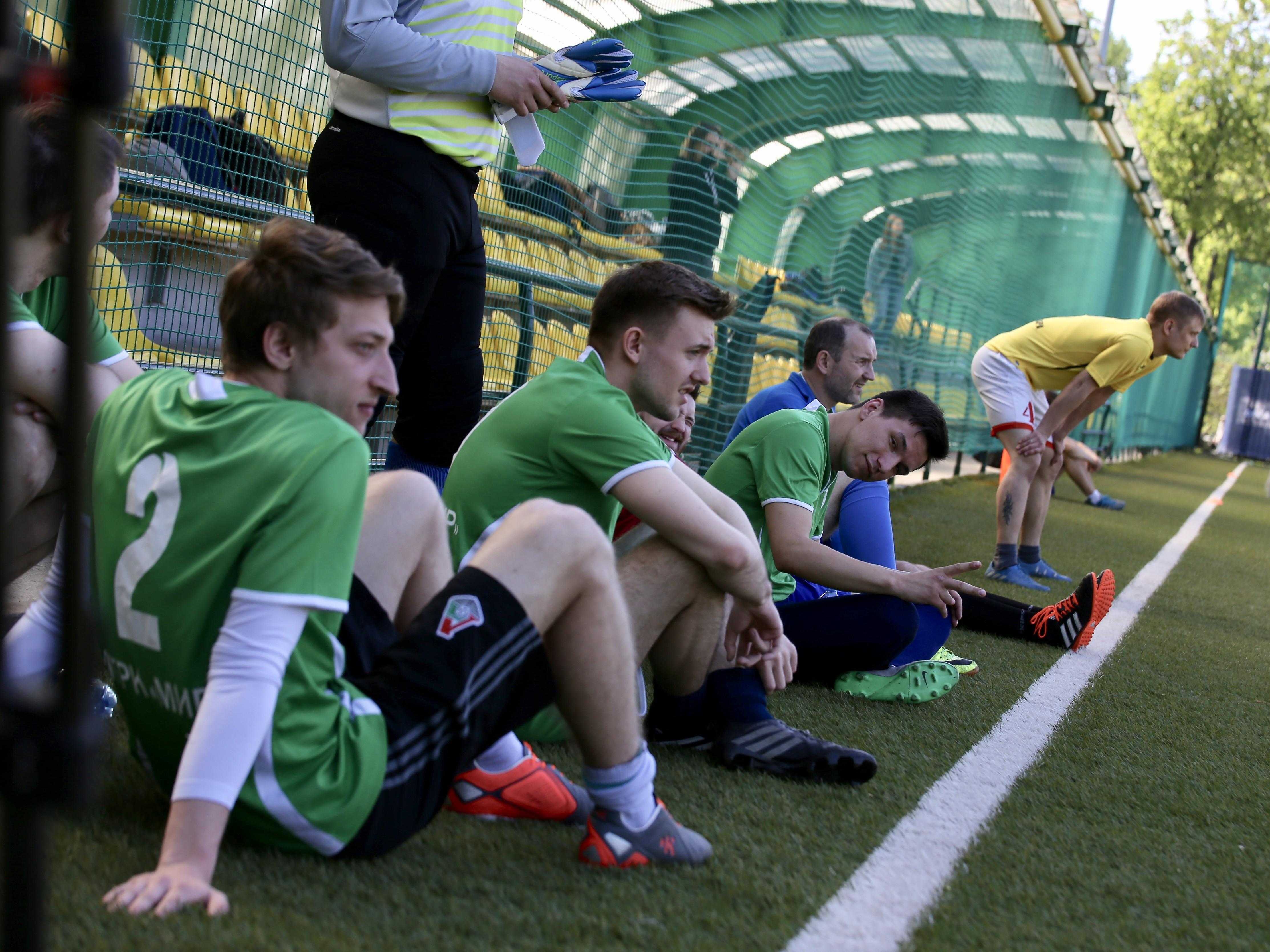Без кубка, зато в «Лужниках»: команда «МИРа» показала любовь к футболу