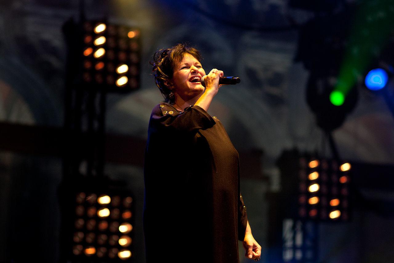 Бельгийская эстрадная певица Maurane найдена мертвой