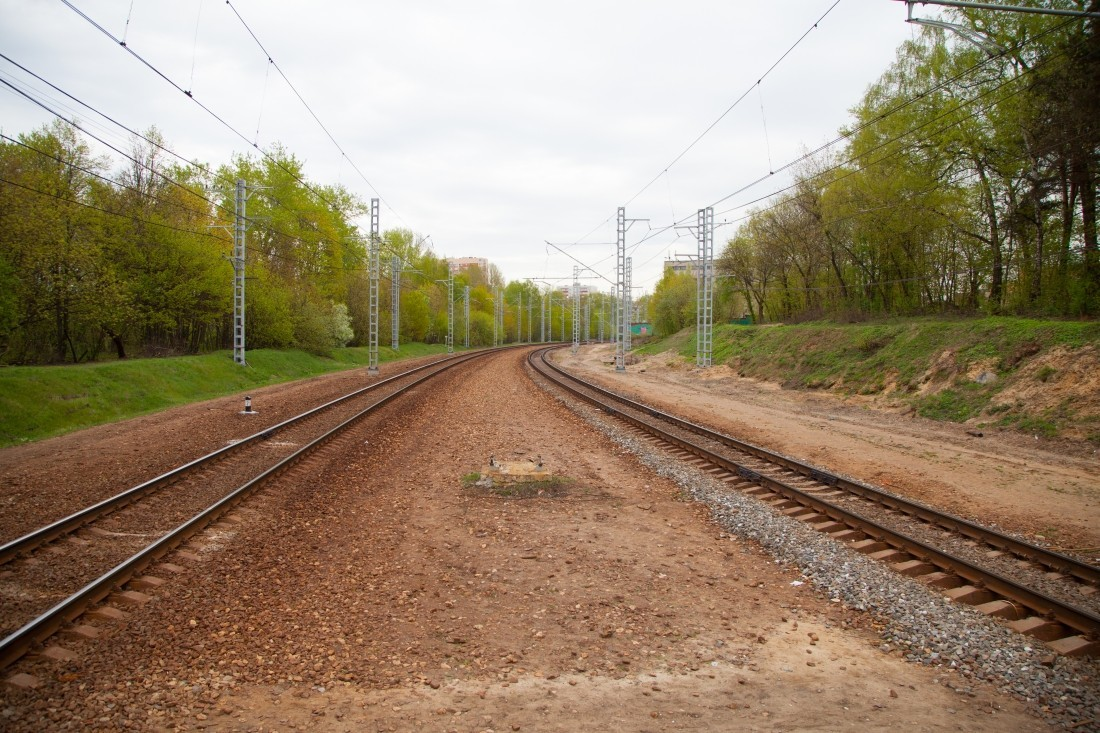 При столкновении пассажирского итоварного поездов вБаварии погибли два человека
