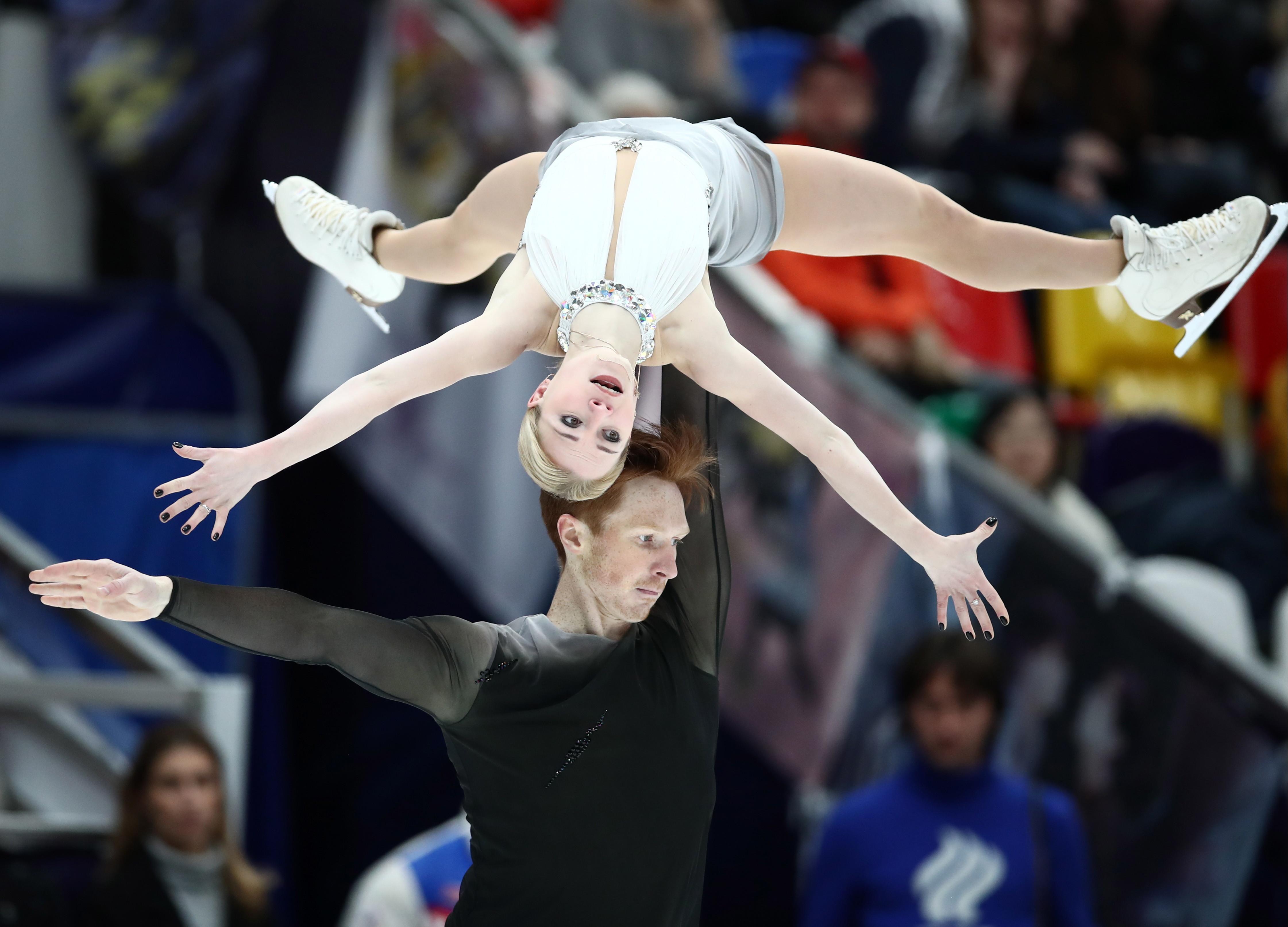 Российские фигуристы Тарасова и Морозов вышли в финал серии Гран-при