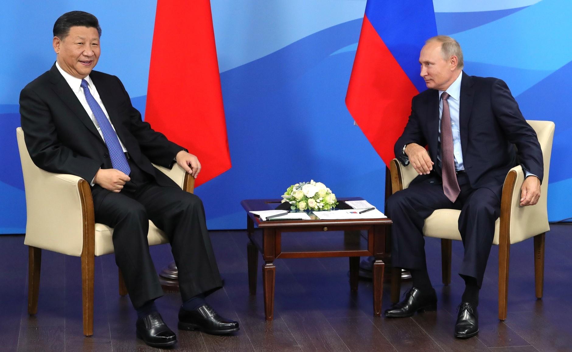 СиЦзиньпин похвастался перед Путиным непредвиденным навыком: «Да, уменя кругленько»